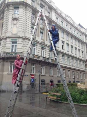 Strand On Ladder