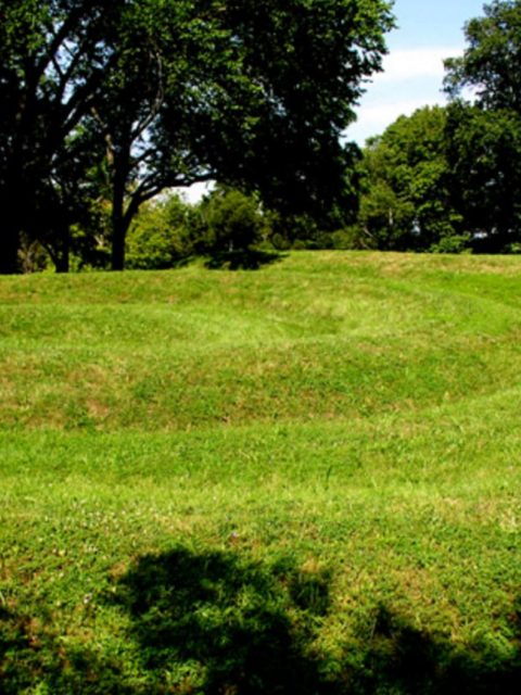 Ohio Mound Builders: Spiral Mound, photo by Herb, Wikipedia